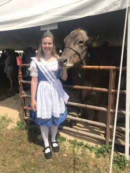 2018 Wisconsin Brown Swiss Queen, Ms. Summer Henschel