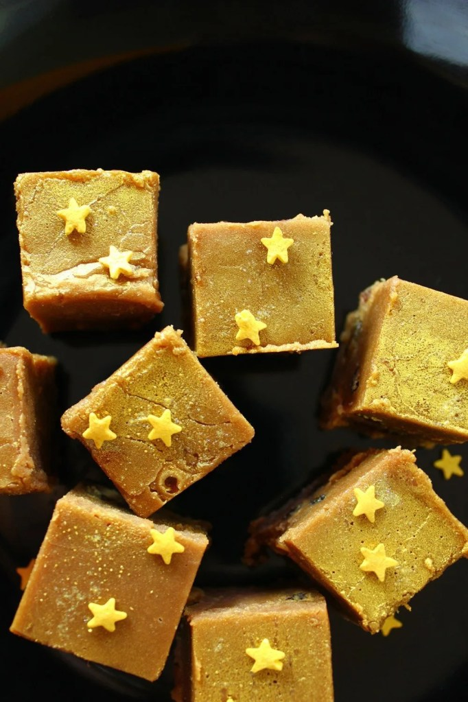 christmas pudding fudge, homemade edible christmas gifts