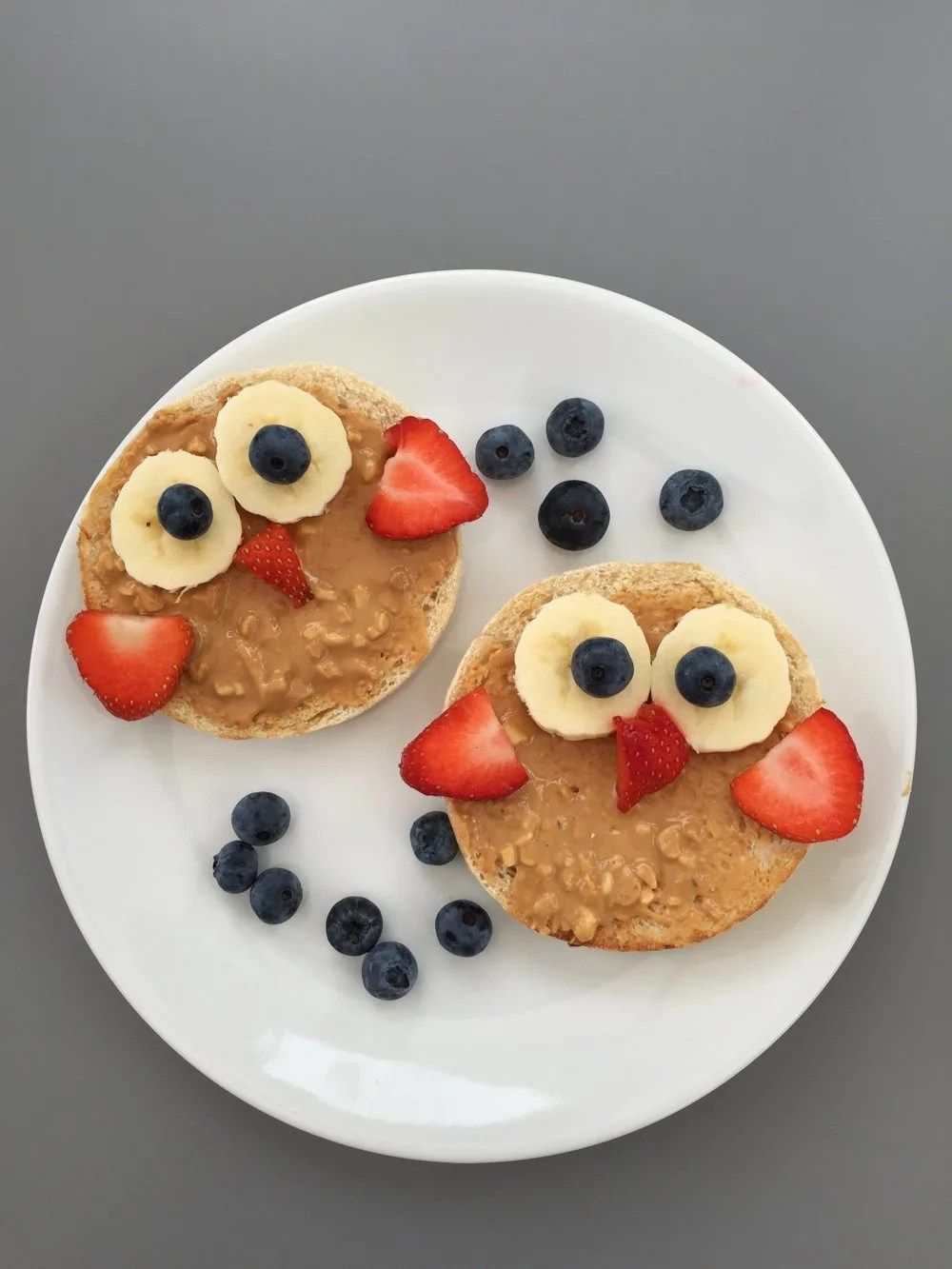 Wise owl fruity toast – kids breakfast