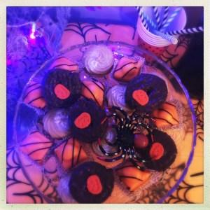 mr kipling halloween cakes, easy halloween party food