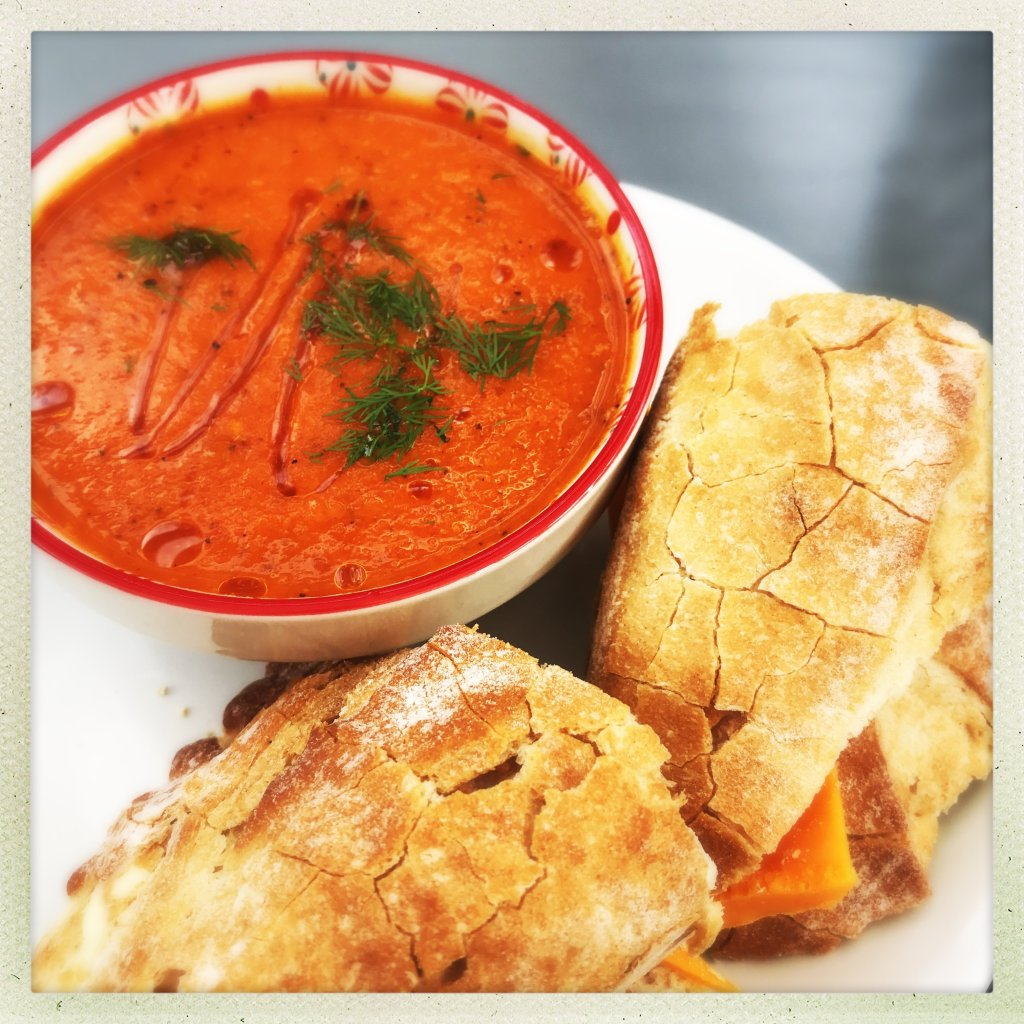 roast red pepper and tomato soup with fresh dill, easy family food from daisies and pie