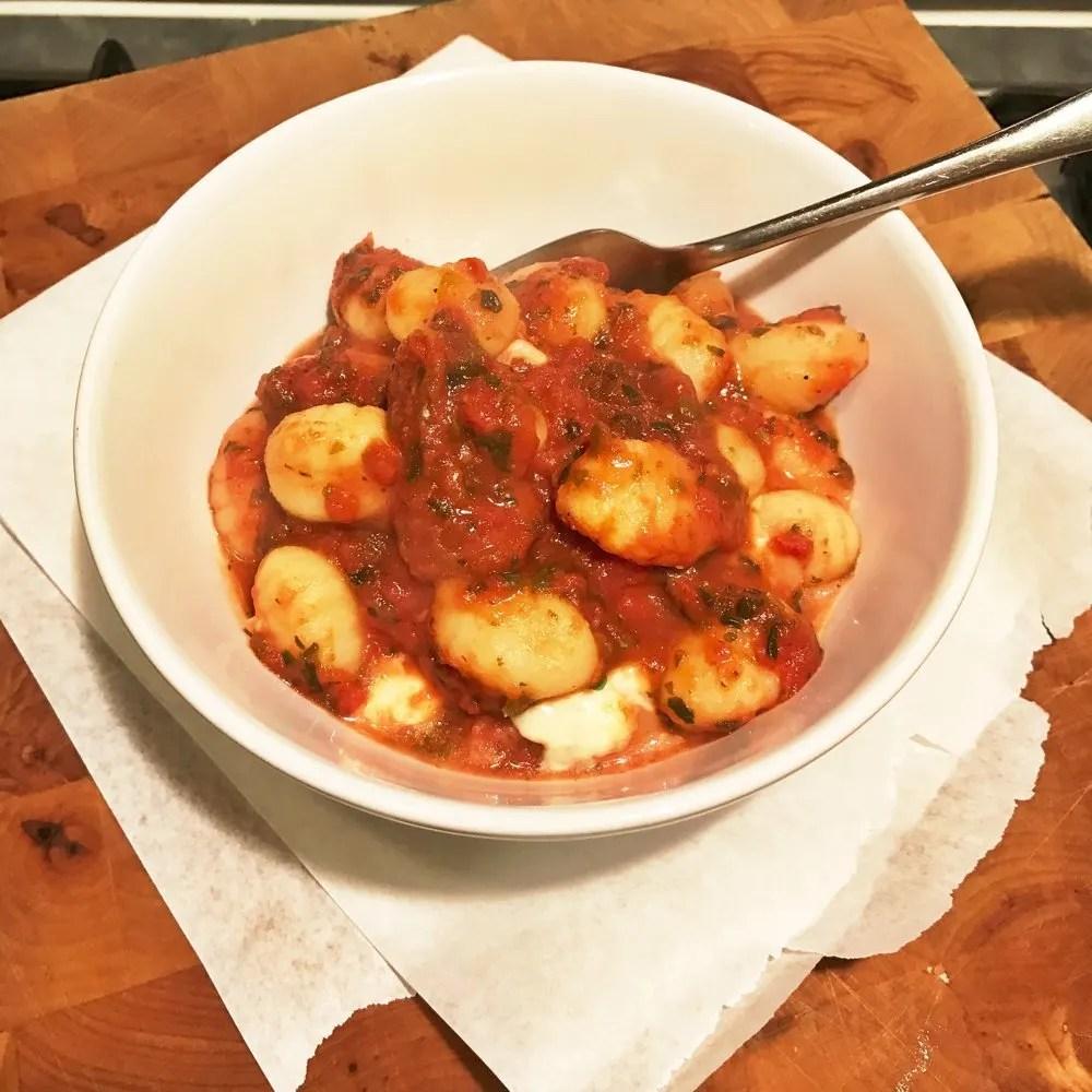 Tomato and spinach gnocchi bake