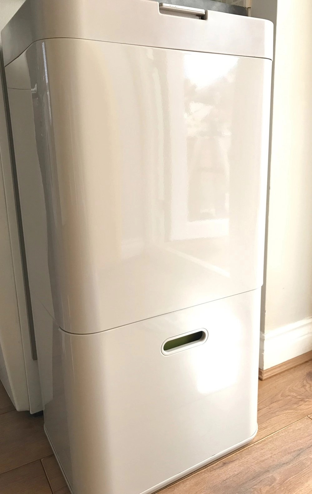 Joseph Joseph Intelligent Waste Bin Review | Daisies & Pie