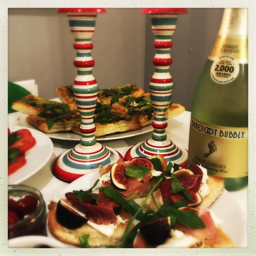 Barefoot Bubbly review, Italian appetisers for Christmas parties