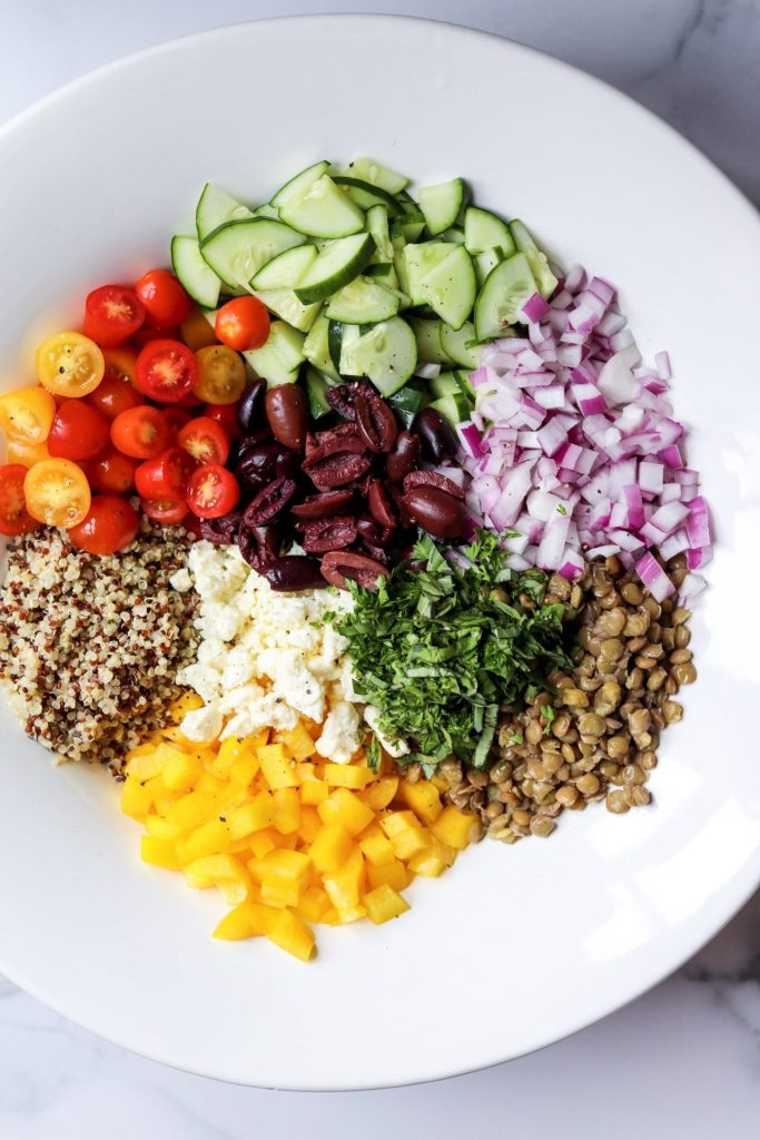 Greek salad with quinoa and lentils