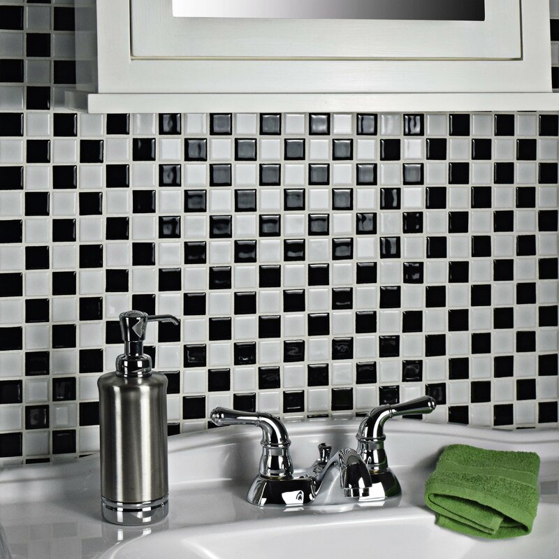 Checkerboard Wall Tile Pattern