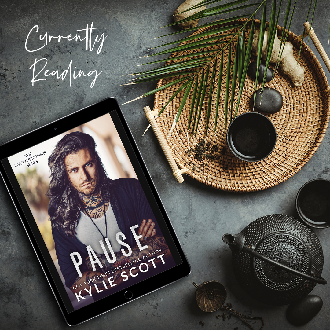 Currently Reading: Pause by Kylie Scott
