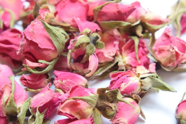 Dried Rose Buds Rouge Pink - Flowers Daisyshop