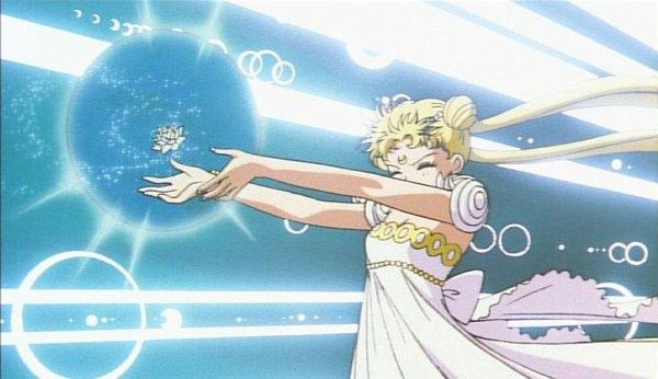 Sailor Moon / Princess Serenity - Silver Moon Crystal