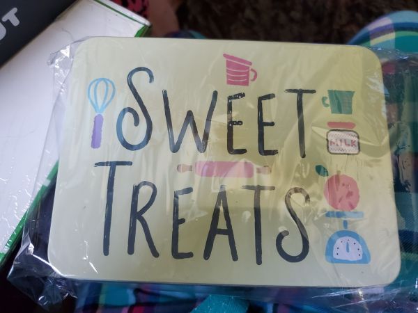 Hello Kitty Loot Crate Sweet Treats tin