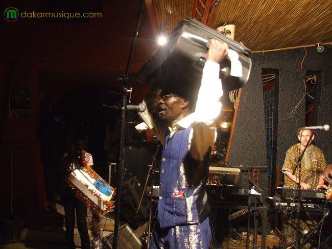 Souleymane avec sa valise