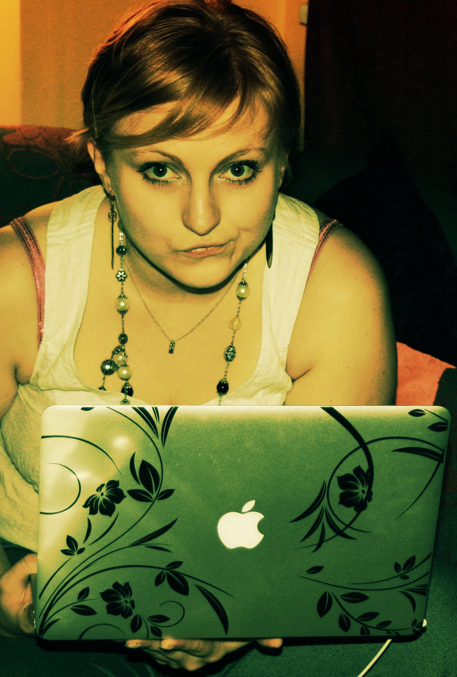 17ec479d632 Ta on küll ilus, aga võimsust eriti pole. Samas, kas netbookidel peakski  olema? See sobis hästi kaasasvedamiseks ...