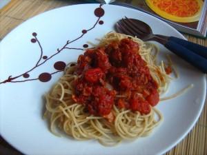 spagetid-peekoni-ja-sibulaga-2