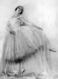 Alexandra Danilova, 1925. Joan Craven/Evening Standard / Getty Images