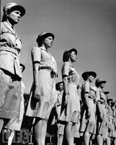 Women in World War II (15)