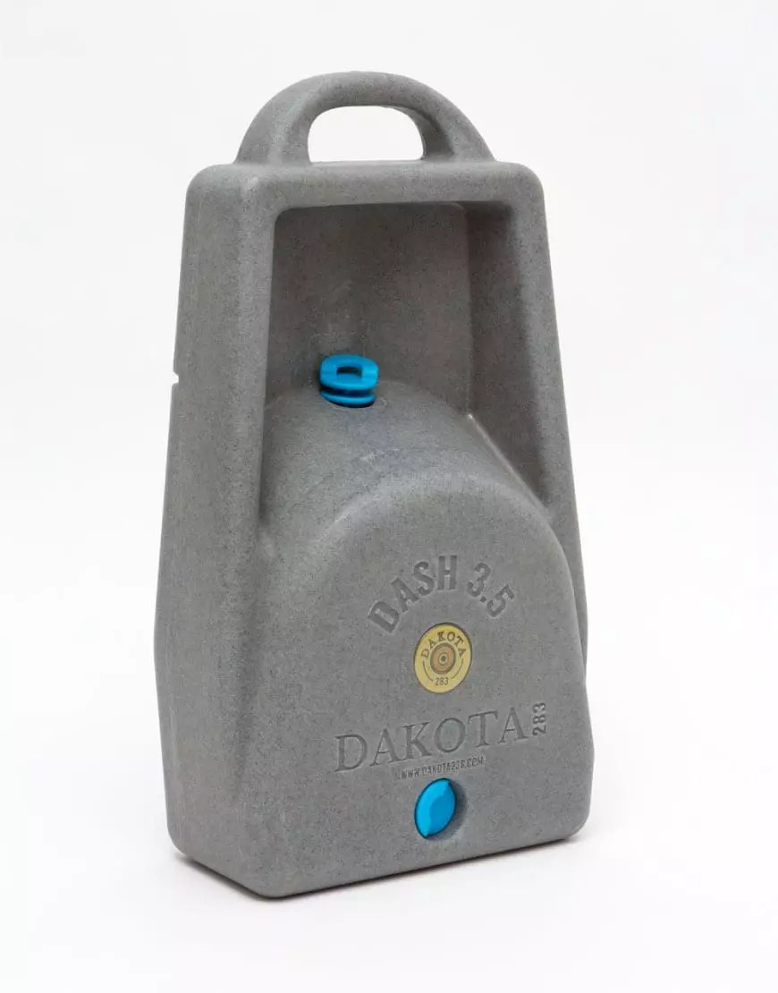 3.5 Gallon water storage for dog easy carry