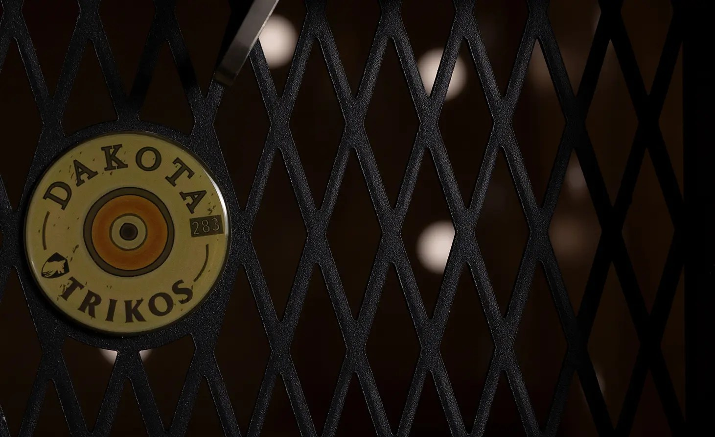 A close up of a Dakota 283 kennel door.