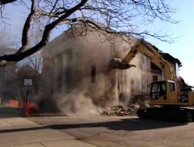 Demolition of Masonic Temple, Madison, South Dakota, 2015.04.27. (Screen cap from Madison Daily Leader video.)