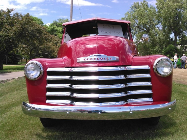 1949 Chevy truck grille