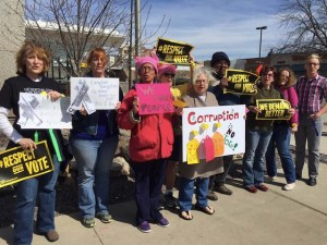 Citizens rally against corruption in Pierre, South Dakota. Photo by Roxanne Weber, Facebook, 2017.03.25.