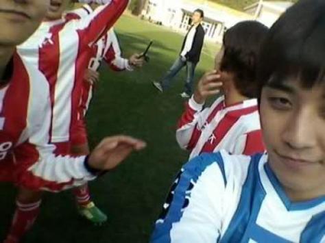 22827_seungri-selca-from-enjoy-today