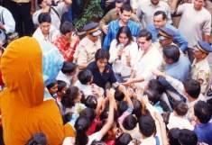 hrithik Dale Bhagwagar with Hrithik Roshan at a Koi Mil Gaya event