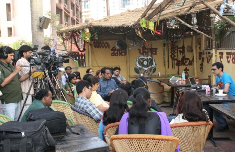 super Dale Bhagwagar holds a Press Conference in Mumbai to defend Shilpa Shetty while she is in Big Brother. - Pic 1