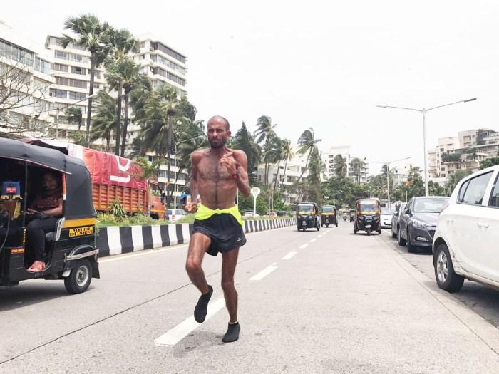 Samir Singh running in Mumbai. - Pic 2