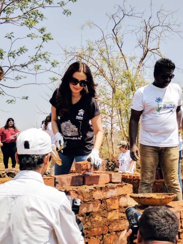 Evelyn Sharma at Habitat - Pic (12)