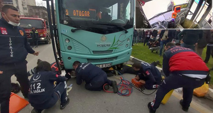 سيدة عجوز تعرضت لحادث سير وعلقت تحت الباص