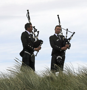 Bagpipers play at opening of Machrihanish Dunes