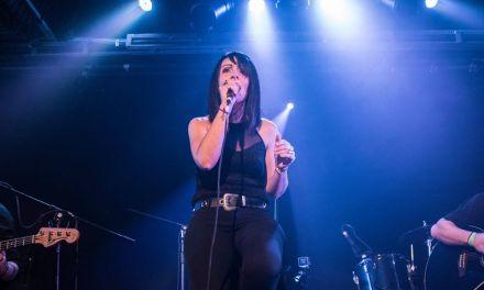 Brunette comienza a grabar su primer disco