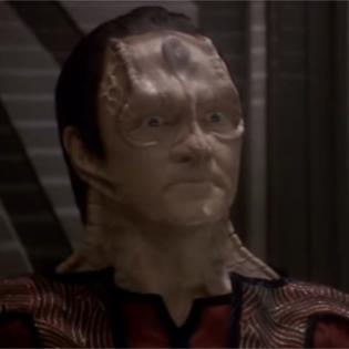 This image has an empty alt attribute; its file name is elim_garak_ds9_the_way_of_the_warrior.jpg