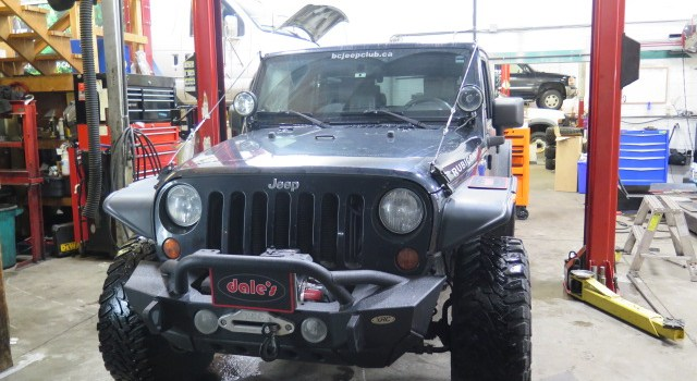 Late model Jeep JK in for Yukon Gears 4130 Chromoly axle amd Poison Spider Diff Cover
