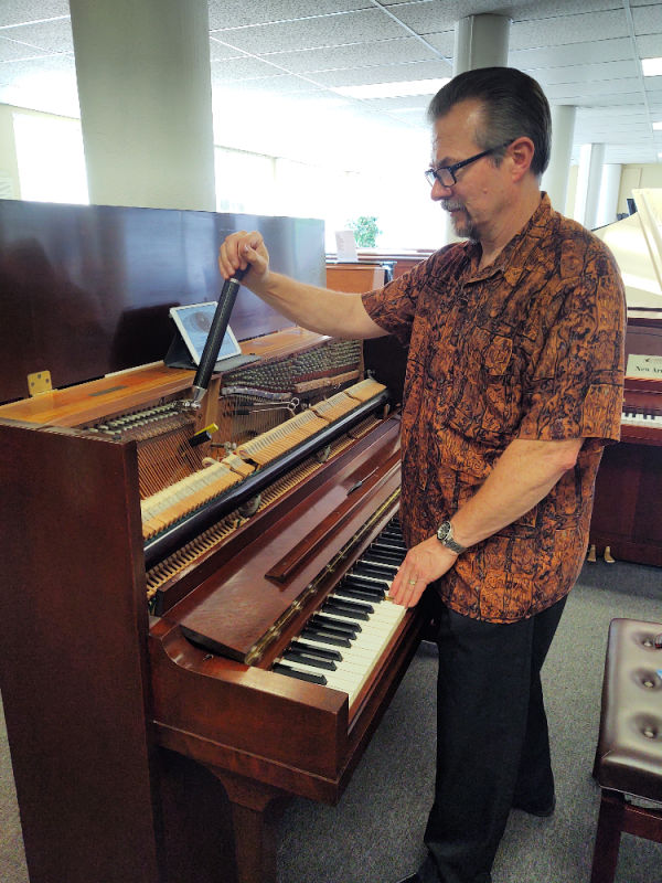Piano Tuning in Seattle by Dale's Piano Service
