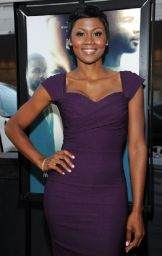 Emayatzy E. Corinealdi5