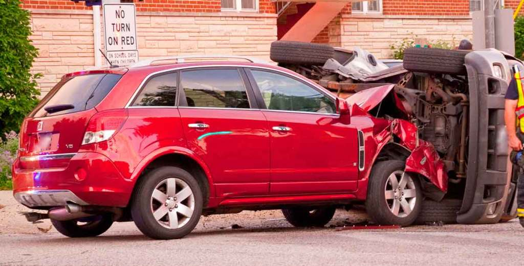Car struck SUV in side and flipped it, Oak Cliff Accident Lawyer