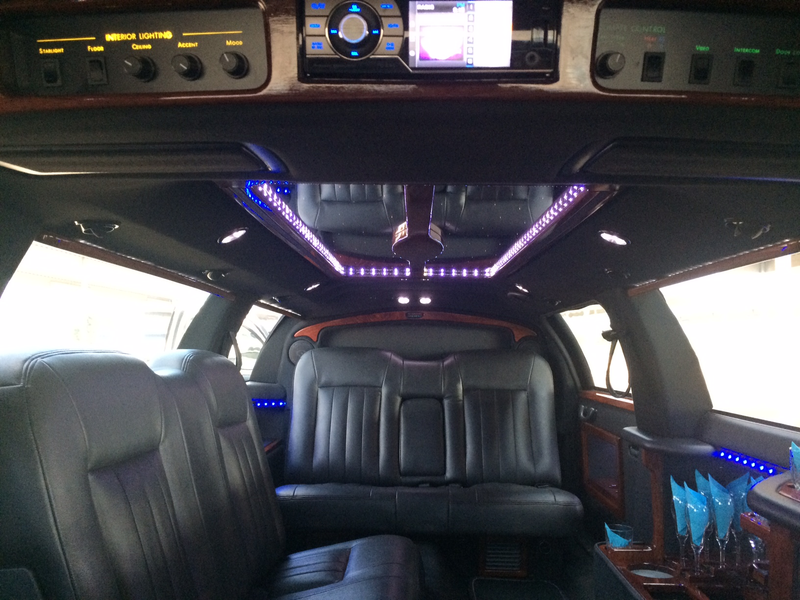 Wedding Limos Dallas Texas Fort Worth Denton Frisco Plano Allen