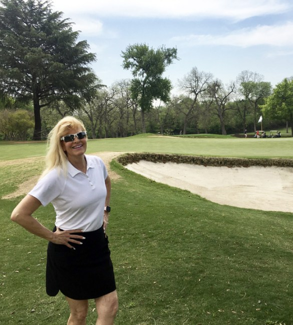 Dallas Junior Forum members volunteered April 12 at Lakewood Country Club for a Golf Tournament benefiting The Family Place.