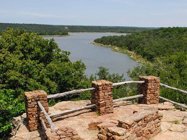 lake-mineral-wells-state-park (1)