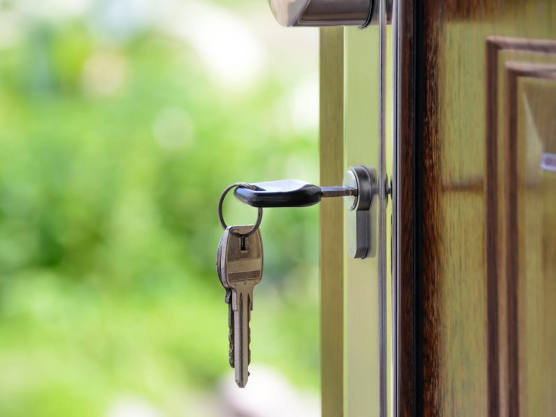 A-Closer-Look-at-Homeowners-Insurance-Coverage-Options_IMG-800x600