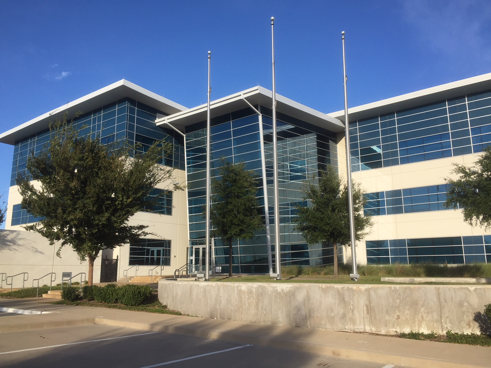 The Lone Star Building today. It was built for a top company in Farmers Branch as part of an incentives deal, but then sold to another company.