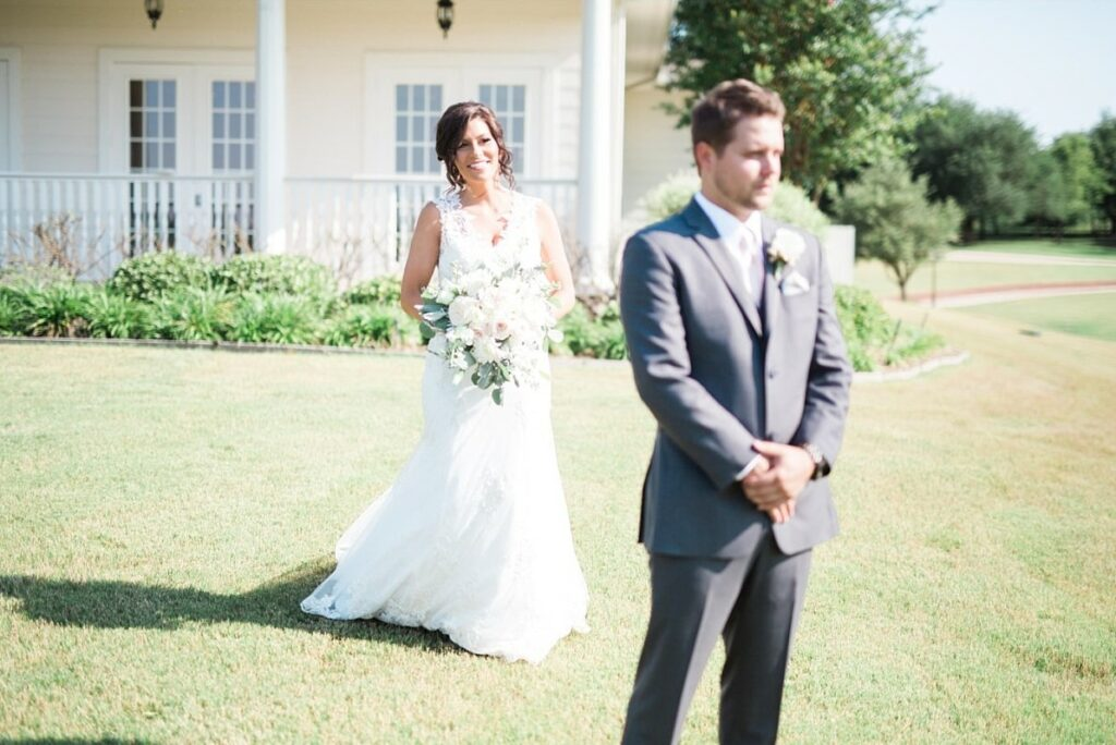 The First Look: Why You Need To Have One on Your Wedding Day | Dallas Oasis