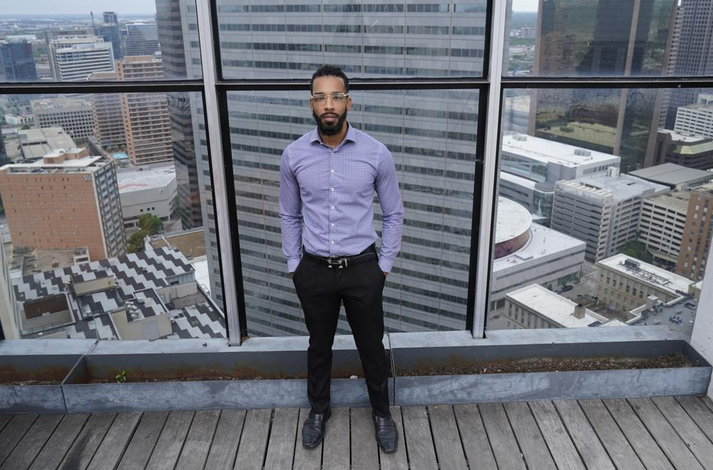 Dallas lawyer takes up mission to help people avoid eviction