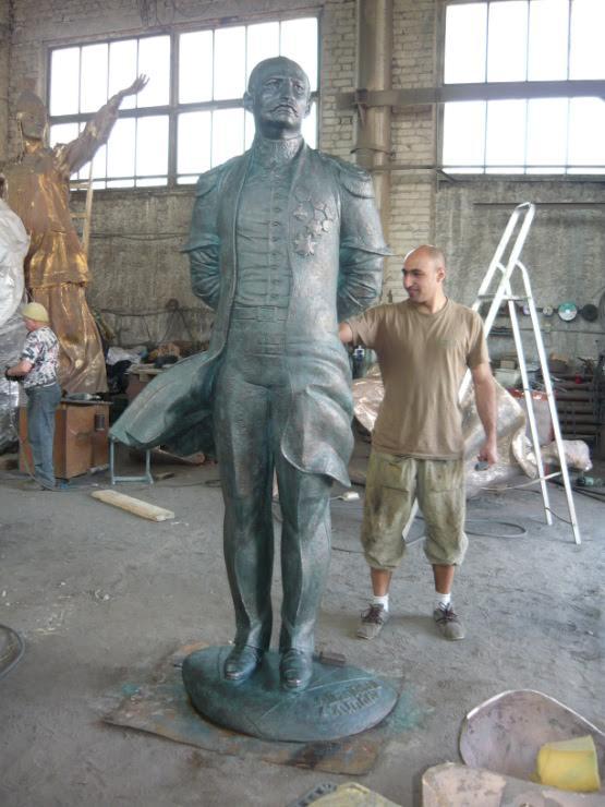 Скульптор Заур Рзаев