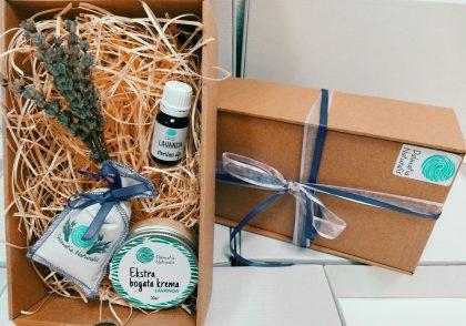 darivanje poklon paket lavanda