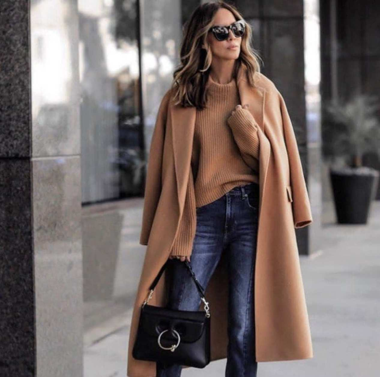 Style Feature With Lolario Style: 10 Ways To Layer Clothes Like A Pro!