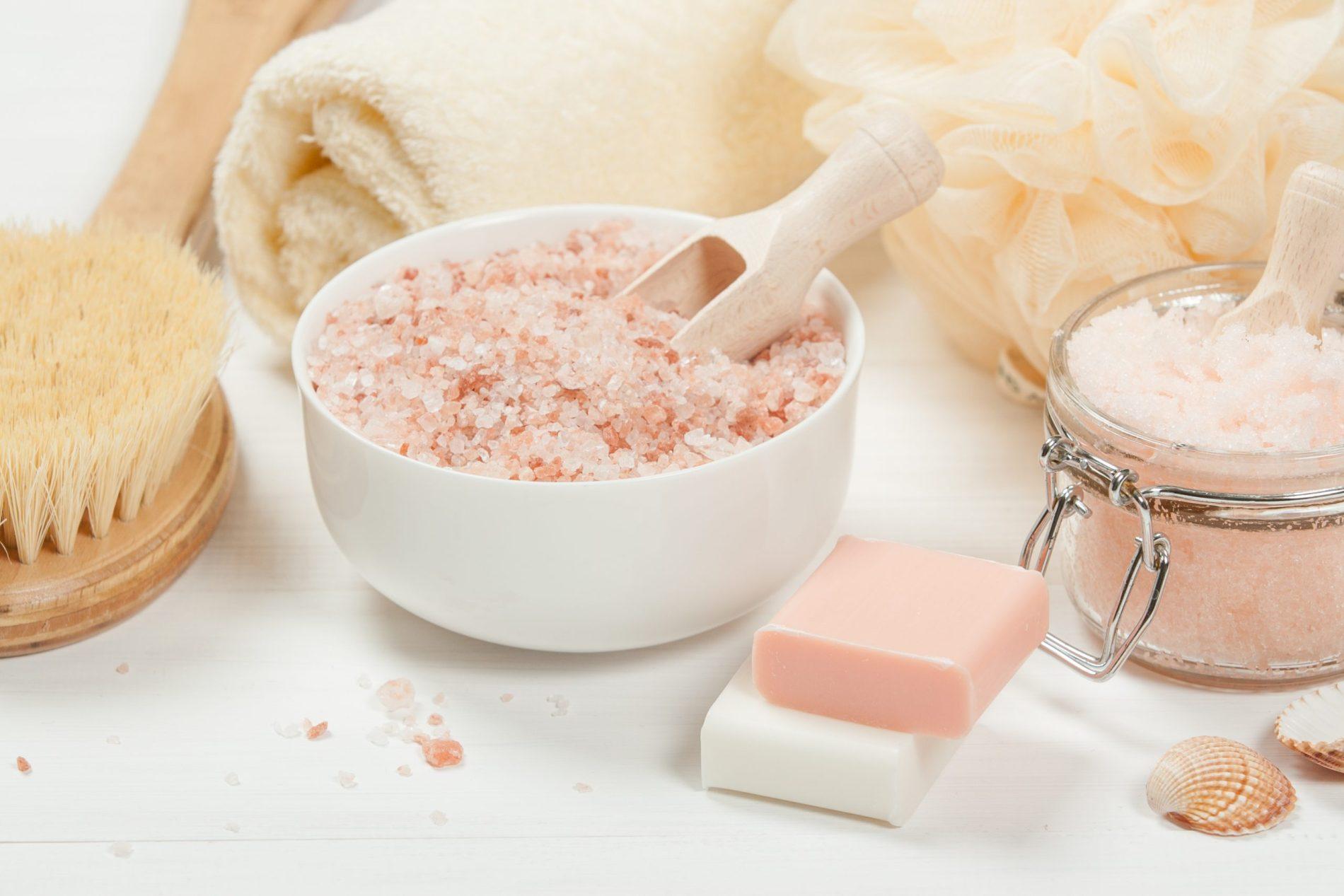 DIY Sugar Peach Body Scrub With Argan Oil & Himalayan Salt For Hydrated Skin