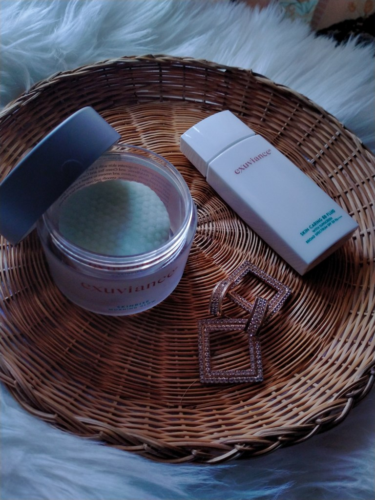 These Exfoliating Face Pads Give A Radiant Complexion Instantly: Exuviance's SkinRise Morning Glow