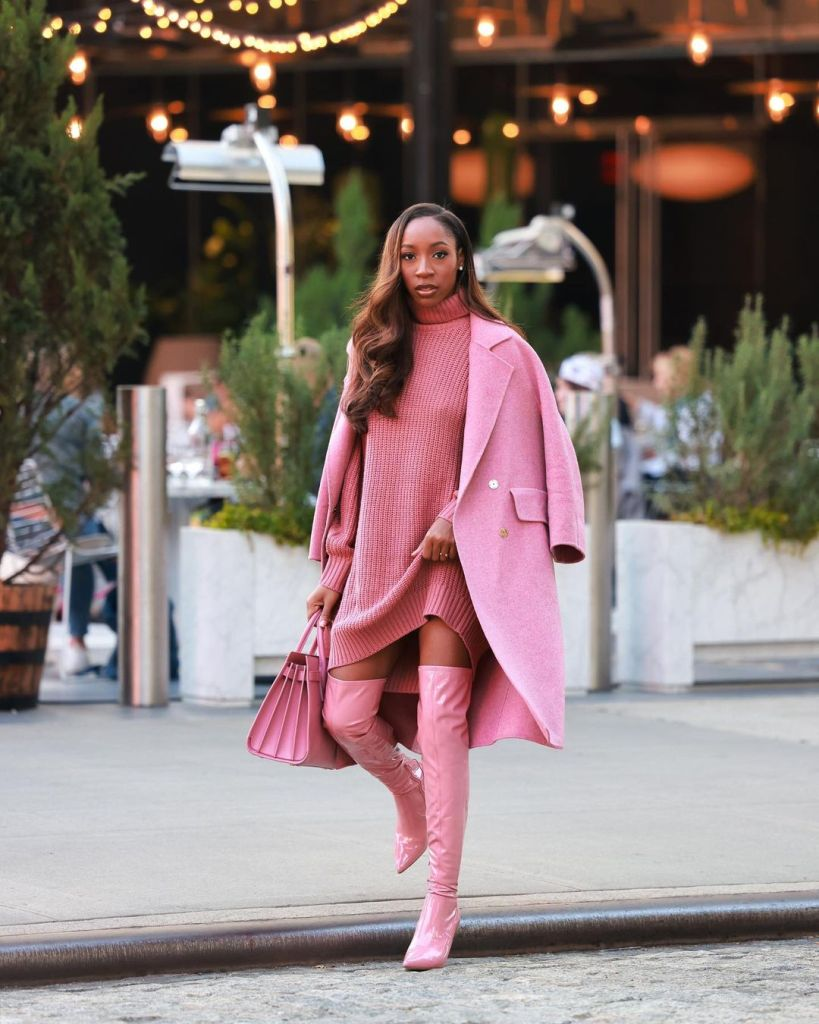 How To Wear Monochromatic Outfits & Look Elegant
